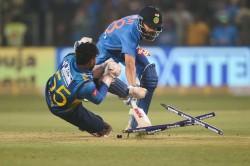 Virat Kohli Dismissed Run Out 3rd T20i Against Sri Lanka At Pune