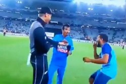 India Vs New Zealand 2nd T20i Martin Guptill Lets Slip Hindi Swear Word At Yuzvendra Chahal On Live
