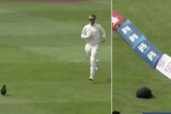 Kane Williamson Amusingly Chases Cap To Boundary In Windy Wellington