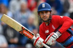 A Journalist Wrongly Tweets Alex Hales Tested Positive For Coronavirus The Opener Gives A Fitting