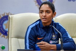 Harmanpreet Kaur Reached Mumbai She Did Not Receive Welcome From Bcci