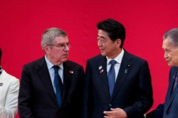 Japan Pm Abe Says Ioc Chief Bach 100 Percent Agreed To Postponing Tokyo Olympics To