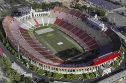 Guangzhou To Build World S Largest Professional Football Stadium