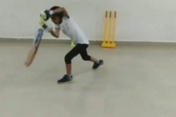 Shai Hope And Michael Vaughan Were Impressed By The Batting Technique Of Seven Year Old Pari Sharma