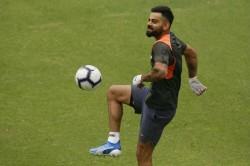Nasser Hussain Says Virat Kohli Plays Football During Practice As If It S Fifa World Cup Fina
