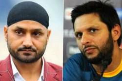 Harbhajan Singh Slams Shahid Afridi For His Controversial Kashmir Remarks