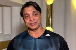 Shoaib Akhtar Said Went To Harbhajan Singh S Room To Fight After Match