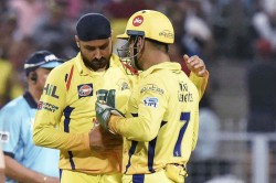 When Ms Dhoni Refused To Help Under Fire Shardul Thakur At Csk Harbhajan Singh Reveals Why