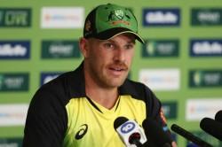 Virat Kohli Vs Steve Smith Aaron Finch Weighs In On Best Batsman Debate