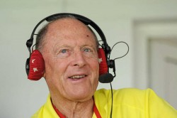 Geoffrey Boycott Leaves Bbc S Test Cricket Commentary Team