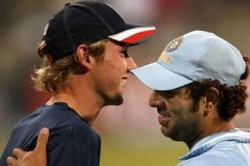 Yuvraj Singh Asks Fans To Applaud Stuart Broad S Achievement And Not Think Of Him Getting Hit For