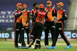 Kkr V Srh Aakash Chopra Wondered Why Sunrisers Hyderabad Did Not Play Kane Williamson If He Was Fit