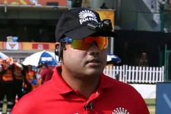 Umpire Nitin Menon Brutally Trolled By Fans After His Poor Umpiring In Kxip Vs Mi Thrilling Game