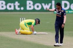 India Vs Australia 2nd Odi Aaron Finch Hitting Kl Rahuls Stomach