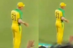 David Warner Brings Out Butta Bomma Step While Fielding In The First Odi Against India