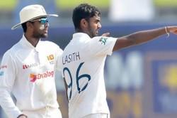 Icc Trolls Sri Lanka Team Over Used An Extra Fielder In Galle Test