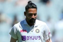 India Vs Australia Mohammad Siraj Faces Racism Remarks Team India Management Complaints To Umpires