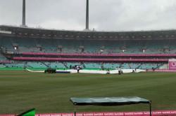 India Vs Australia Heavay Rain Halts Play Early Lunch Taken