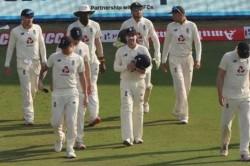 India Vs England Joe Root Triple Strike Puts India On A Halt Despite Lead