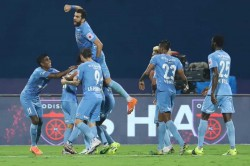 Isl 2020 21 Bipin Hat Trick Sees Mumbai City Storm To 6 1 Win Over Odisha Fc
