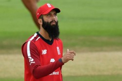 Moeen Ali Says I Don T Know How To Get Virat Kohli Out