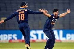 Shardul Thakur Brutally Trolled By Netizens For Show His Middle Finger While Bowling