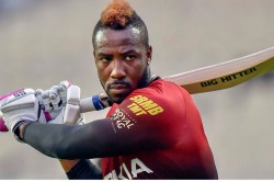 Ipl 2021 Kkr Wicket Keeper Dinesh Karthik Saves Himself From A Andre Russells Powerful Shot