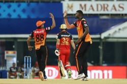 Srh Vs Rcb Hyderabad Restrict Bangalore To 149 For 8 After Glenn Maxwell
