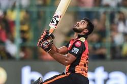 Srh Fans Troll Why Vijay Shankar Is In Playing 11 Against Mi