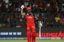Ipl 2021 Sunil Gavaskar Wants Virat Kohli To Stick To His Strengths