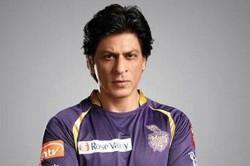 Shah Rukh Khan Arranged Private Jet For Me Says Dinesh Karthik