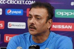T20 World Cup 2021 Ravi Shastri Says Dew Factor Will Decide Whether India Will Play An Extra Spinne