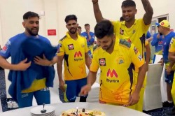 Shardul Thakur Celebrates His 30th Birthday With Csk Teammates After Ipl 2021 Victory